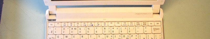 Acer Aspire One. Разборка нетбука.